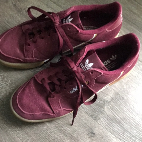 Adidas Continental 8 Burgundy Shoes